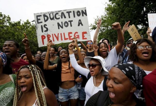 Students protest over planned increases in tuition fees in Stellenbosch, October 23,  2015. REUTERS/Mike Hutchings
