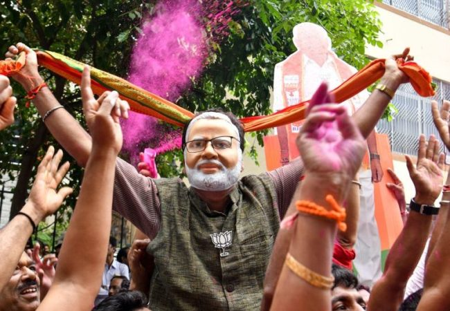 """ہندوستان کے انتخابات میں """"بھارت"""" کی جیت"""