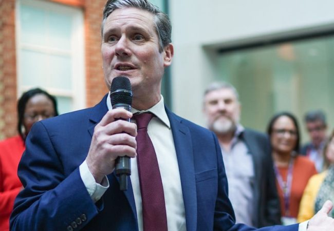 برطانیہ: لیبر پارٹی کی نئی قیادت' ایک قدم پیچھے کی جانب!