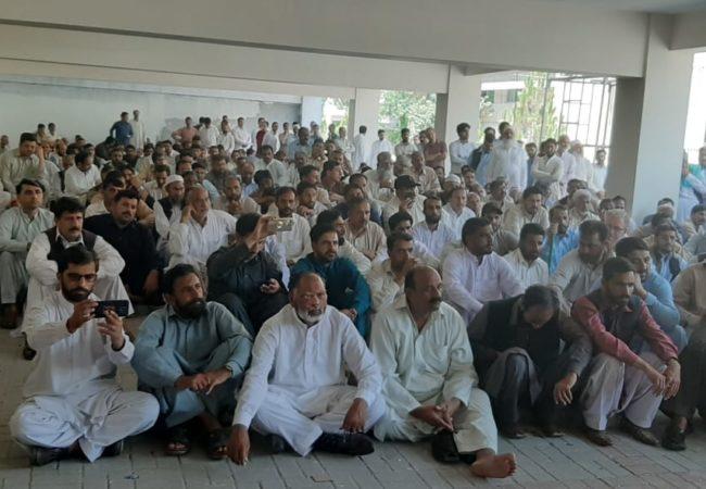 مظفرآباد: آل سیکرٹریٹ ایمپلائز ایسوسی ایشن کی دس روزہ کامیاب ہڑتال